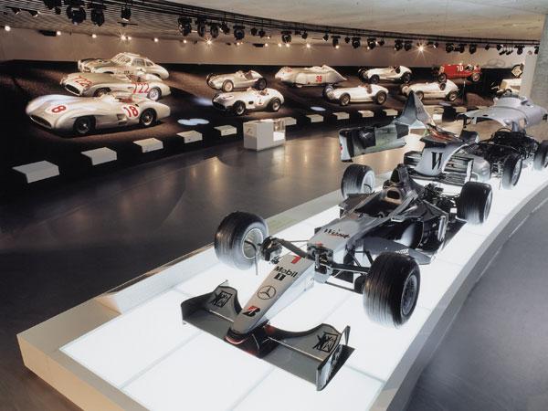 Stuttgart – Mercedes-Benz-Museum